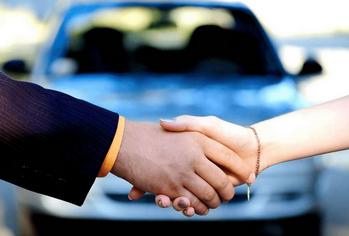 Se lancer dans la vente de voitures